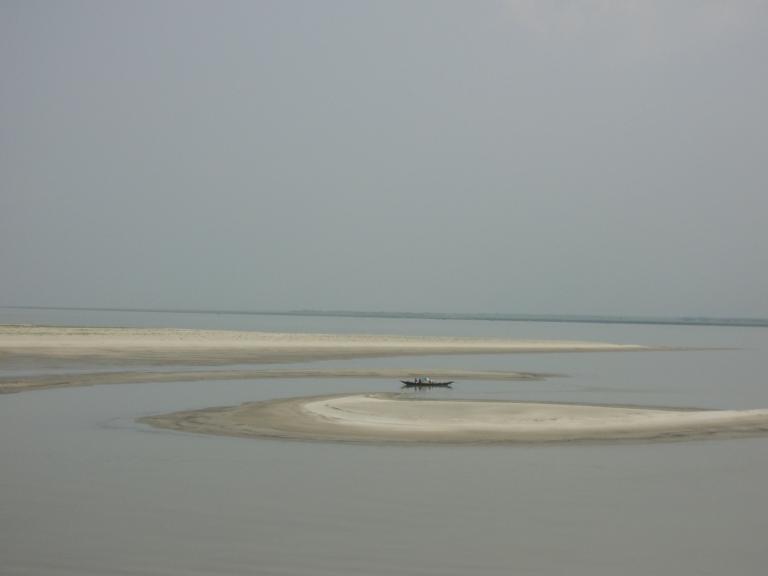 Padma_River_Daulatdia_Ghat_Rajbari_Bangladesh_(2)